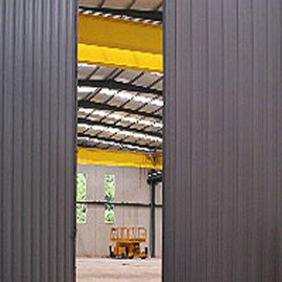 puertas-industriales-metalicas-001